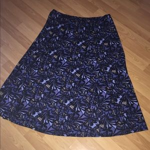Sag Harbor Blue Floral Loose Fitting Skirt Large